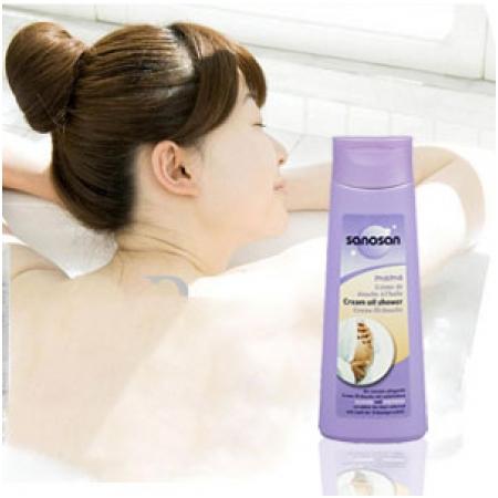 Sữa tắm tinh dầu Sanosan mama creamy oil shower 250ml