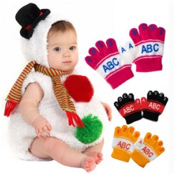 Combo 5 đôi găng tay ABC nhỏ xinh cho bé H1528 (5 màu)